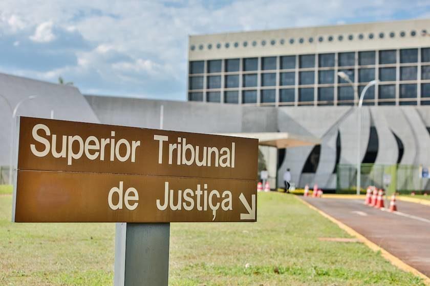 JURISPRUDÊNCIA – SUPERIOR TRIBUNAL DE JUSTIÇA – ELEMENTOS INFORMATIVOS e DECISÃO DE PRONUNCIA.